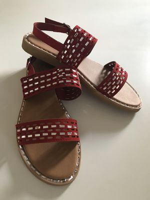 New Red and Crystal clear Flat sandals Size 7 or 8.5 for Sale in Miami, FL