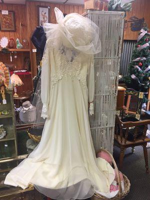 Vintage 70ds wedding dress for Sale in Presto, PA