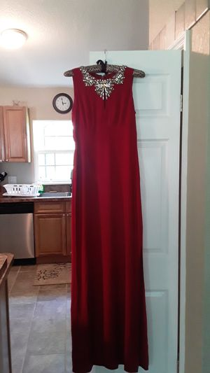 Vince camuto cocktail /evening dress , size 4 , very classy.Never worn ,purchased to attend a wedding....bought at Nordstrom in Oakbrook, Illinois for Sale in DeLand, FL