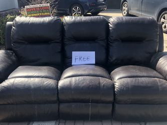 Leather Reclining Couch for Sale in San Diego,  CA