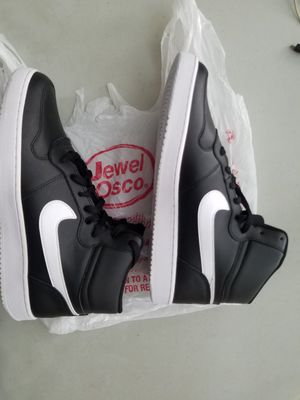 Nike Jordan 1 Style 10.5 for Sale in Chicago, IL