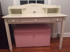 removable hutch only for Sale in Arlington, VA