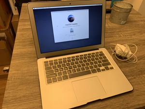 2015 MACBOOK AIR *Great Condition* for Sale in Culver City, CA