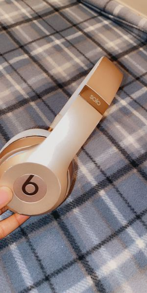 Gold Wireless Beat Headphones for Sale in Arlington, TX