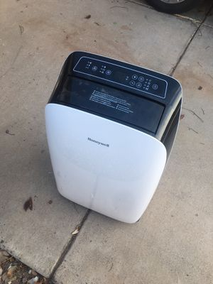 Honeywell mobile A/C unit with dehumidifier for Sale in Phoenix, AZ