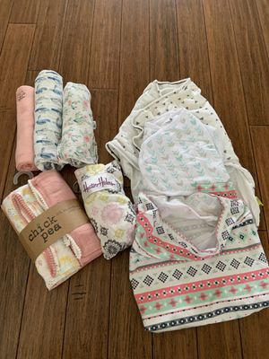 Baby swaddle and nursing lot! for Sale in Bellingham, WA