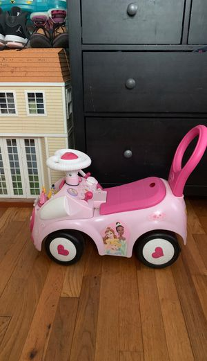 Princess toy for Sale in Hyattsville, MD