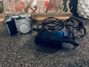 Canon camera with battery charger for Sale in Las Vegas, NV