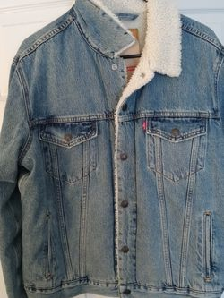 Mens Levi Jacket Size M for Sale in Norcross,  GA