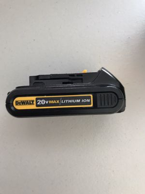 New DEWALT 20-Volt MAX Lithium-Ion Compact Battery 1.3AH for Sale in Los Angeles, CA