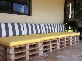 Custom Made Cushions To Fit Pallets for Sale in Fort Lauderdale,  FL