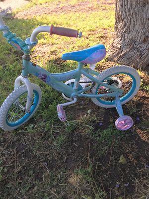 """!! """"Frozen"""" Girl's Training Bike with Training Wheels for Sale in San Fernando, CA"""