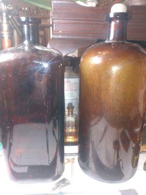Antique medical bottles Amber for Sale in Swansea, IL
