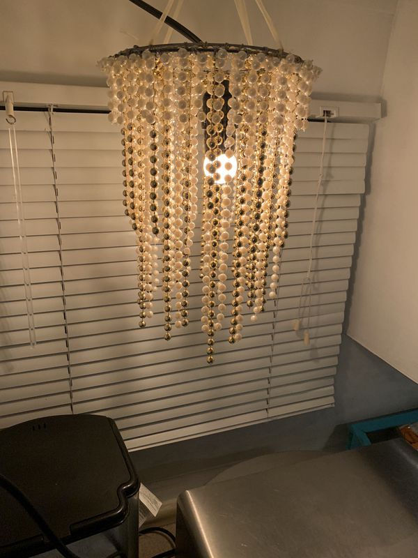 Pearl Chandelier 12 in x 9 in round Pearl/Gold
