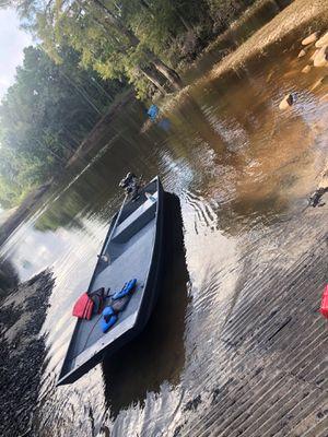 John boat with mudskipper for Sale in Lumberton, TX