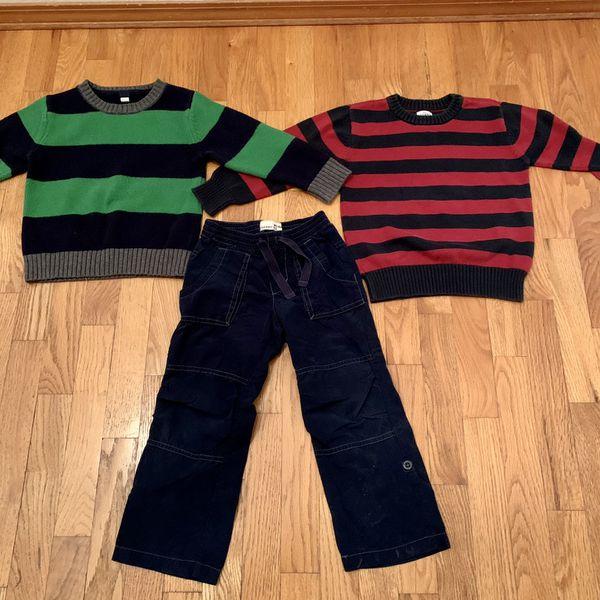 Matching Gap Boys 4T sweater & pant set ,Like New