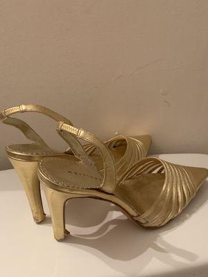 Martinez Valero Gold pointed heel sandal 👡 for Sale in Atlanta, GA