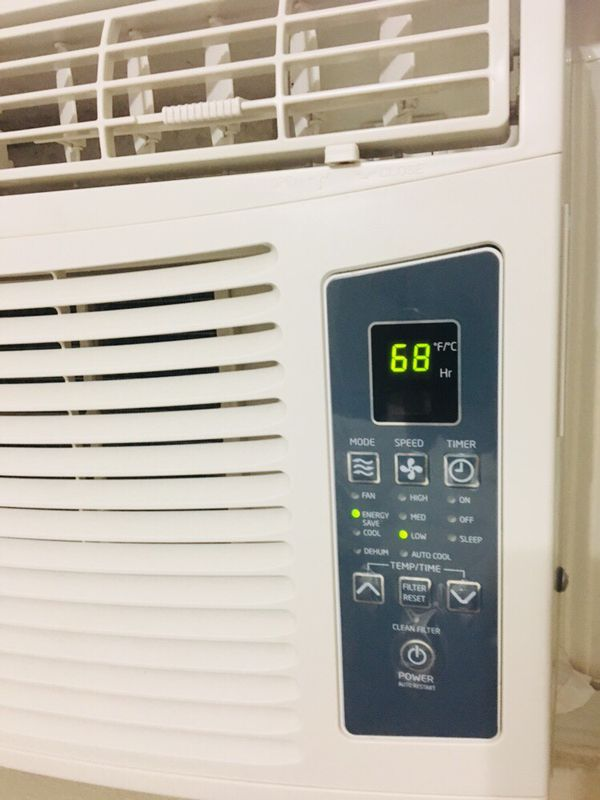 Haier Window Air Conditioner 10,000 BTU with remote