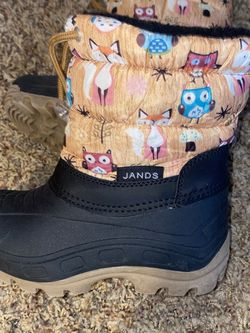 Toddler Girl Snow Boots for Sale in Littleton,  CO