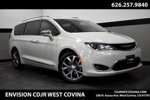 2017 Chrysler Pacifica for Sale in West Covina, CA