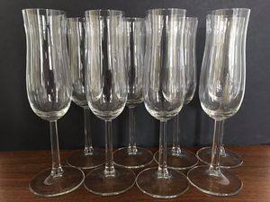 8 clear glasses champagne glasses for Sale in Sterling, VA
