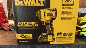 Dewalt impact kit with 2 batteries I for Sale in Kissimmee, FL