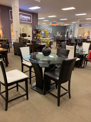4Chair dinning table ( all black ) for Sale in Paterson, NJ