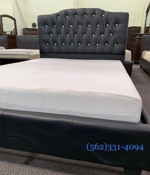 ♠️Brand new Tufted  Calking bed with Orthopedic Supreme Mattress.♠️ for Sale in Fresno, CA