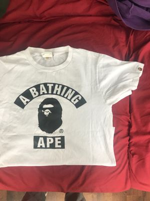 Bape T-Shirt Sz Small for Sale in Queens, NY