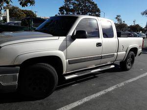 Chevy Silverado 2005 for Sale in Santa Monica, CA