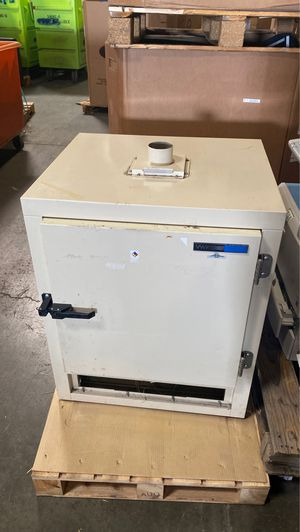Vwr 1350 FD VWR forced air oven SCIENTIFIC INDUSTRIAL EQUIPMENT for Sale in Union City, CA