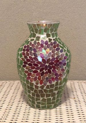 12 inch tall glass art flower vase for Sale in Sacramento, CA