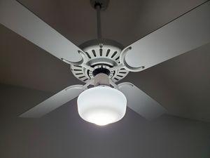 Fan with light for Sale in Pembroke Pines, FL
