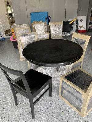 Dining Room Table and 4 Chairs for Sale in Mission Viejo, CA