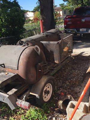 Two 100 gallon tanks heavy gauge steel on a mobile trowel ready for cooking $1500 or best offer for Sale in Hollywood, FL