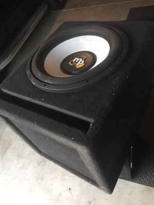 15inch competition subwoofer with box for Sale in Fullerton, CA