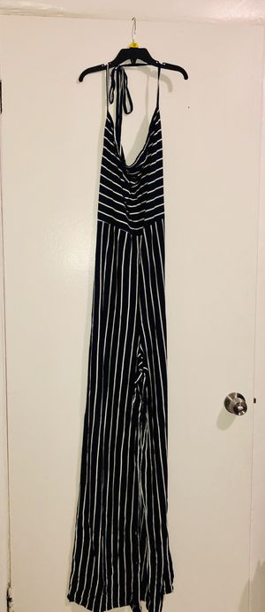 Fashion nova jumpsuit for Sale in Los Angeles, CA