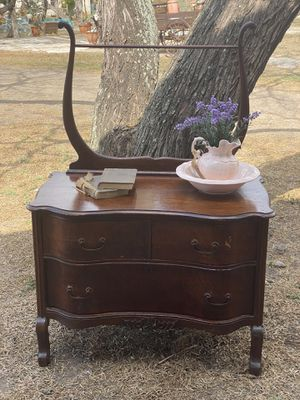 Beautiful antique dry wash circa 1900 for Sale in Brownsville, TX