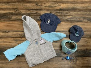American Girl Doll-Jacket and Cap set for doll and Coconut. Released 2004 and retired 2005. Includes aqua and grey hooded jacket with flower pull and for Sale in Mission Viejo, CA