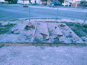 Old shed platform for Sale in Las Vegas, NV