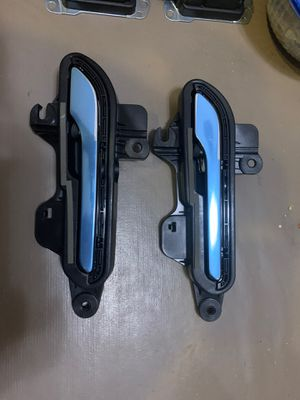 Tesla Model 3 Door Handles RH/LH for Sale in Fresno, CA