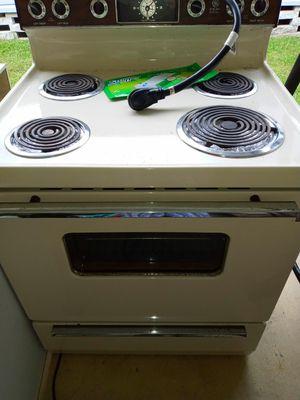Good stove for Sale in Vero Beach, FL