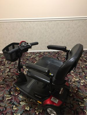 Gogo sport scooter for Sale in Akron, OH