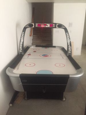 Arcade Air hockey table 8ftx4ft - real deal for Sale in Henderson, NV