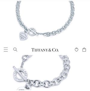 Gently Used Like New Tiffany Set for Sale in Addison, TX