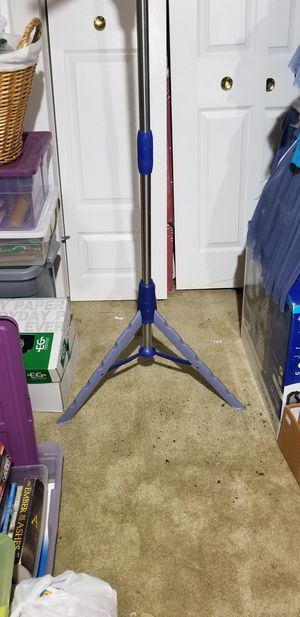 Claspable tripod clothes rack for Sale in Elgin, IL