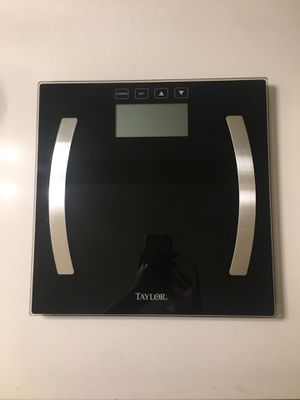 Taylor Tempered Glass Body Composition Bathroom Scale Clear Instant Read for Sale in Montclair, CA