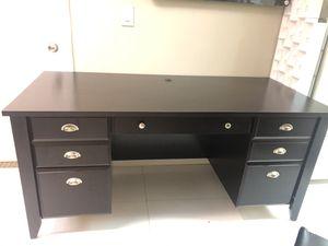 Modern Desk for Sale in Miami, FL