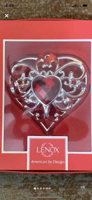 Lenox Gemmed Heart Ornament and Valentines Owl for Sale in Evesham Township, NJ