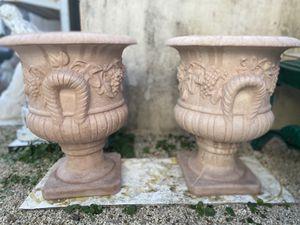 Concrete flower pot for Sale in Miami, FL
